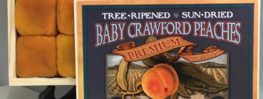 Baby Crawford Peaches 1 lb – Wooden Gift Box (Holiday Season Only)